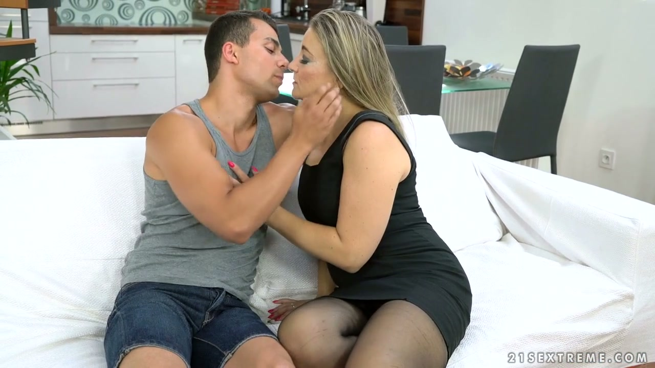 ryan fucked conner his friends sons mom