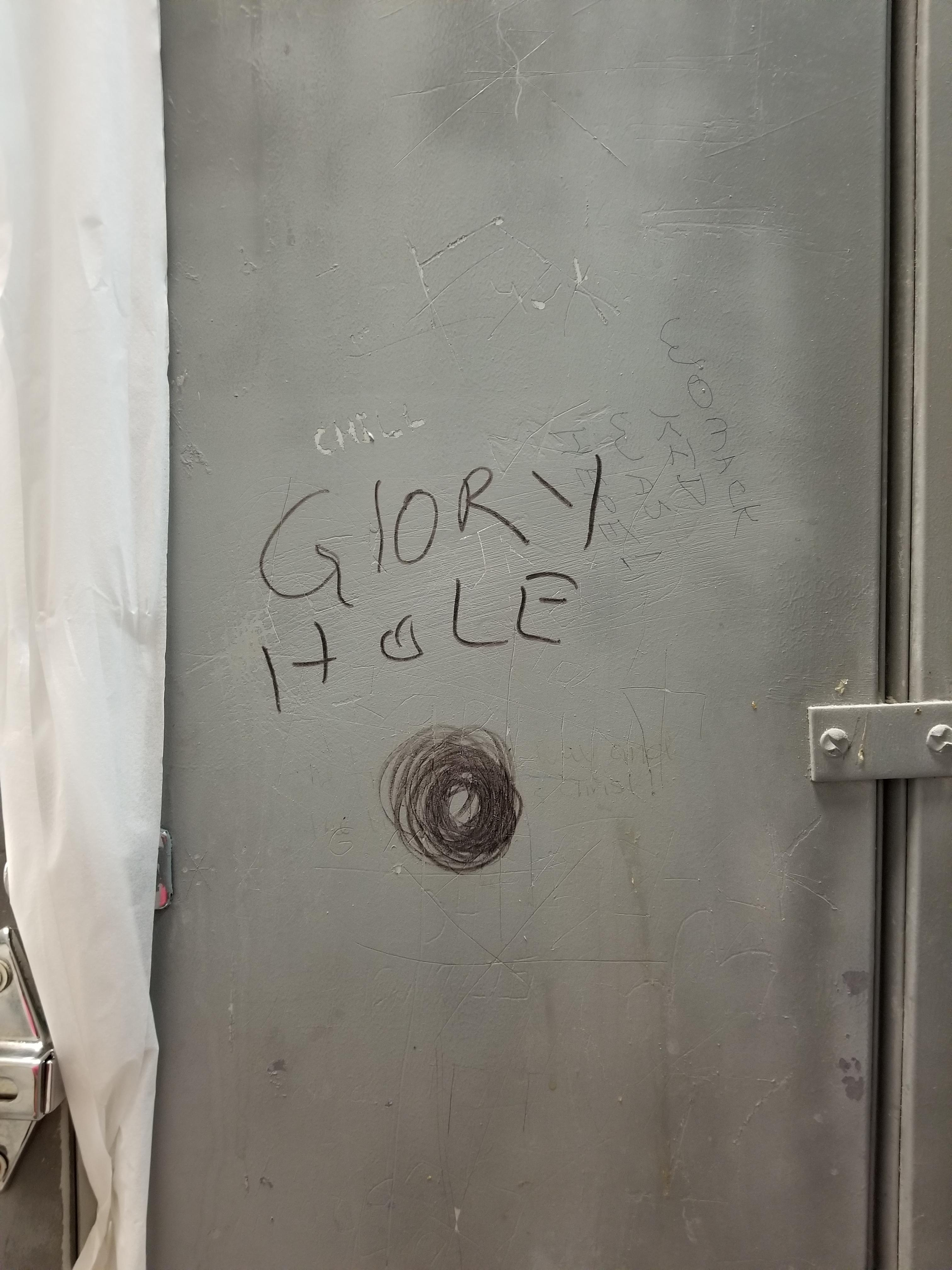 glory a truckers hole