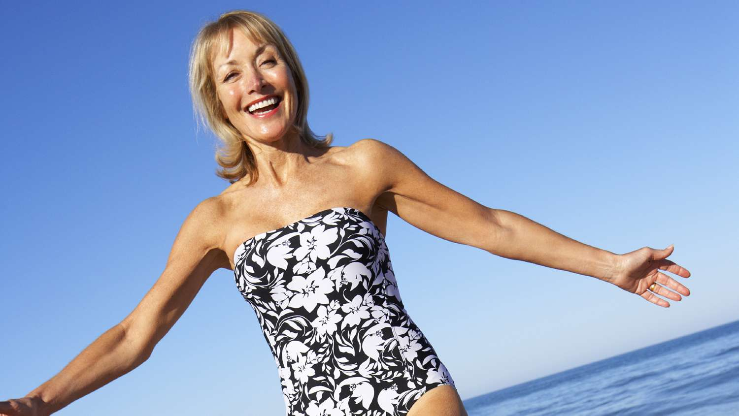 mature women swimwear
