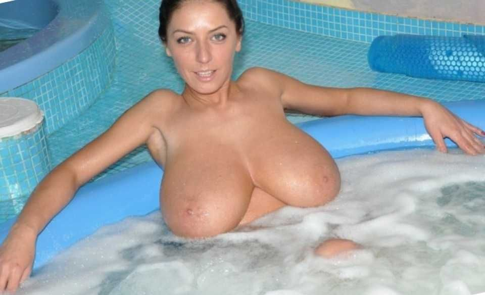 tits tubs in hot biggest