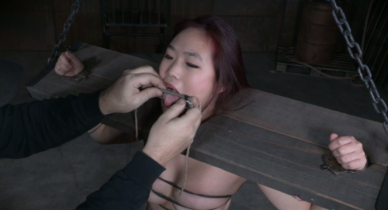 lesbians fisting each other