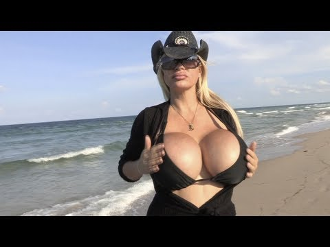 boobs t grandmas in huge shirt utube