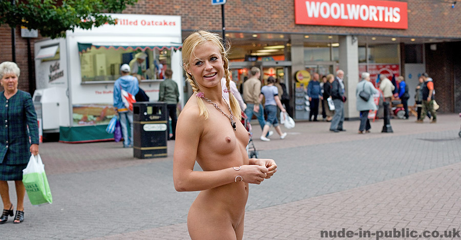 nude in free photos