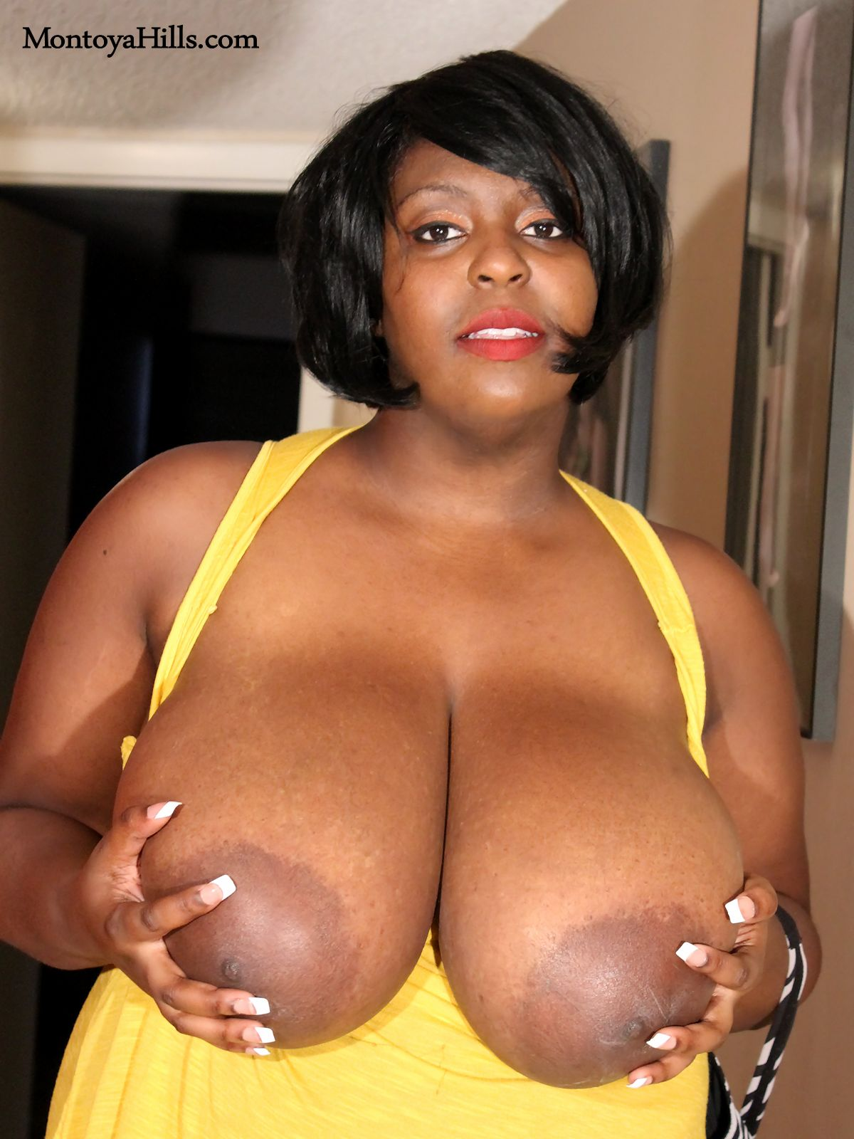 black milfs big titty