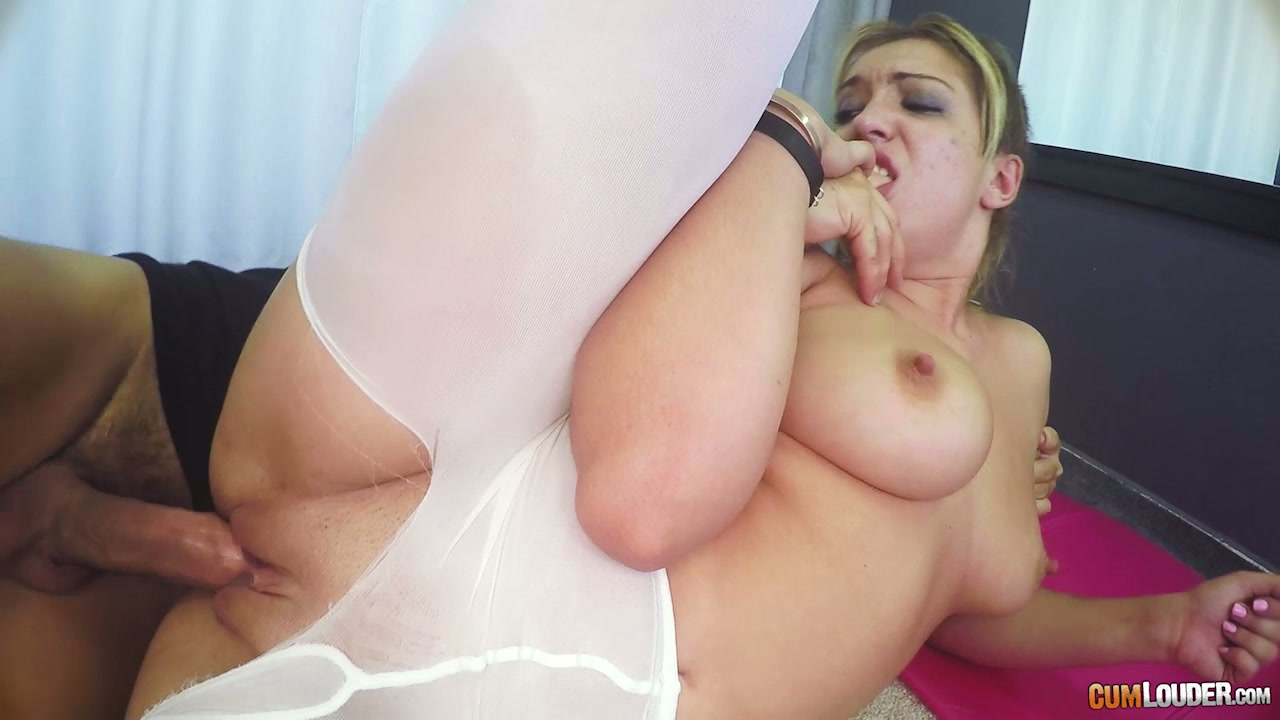two girls blowjobs